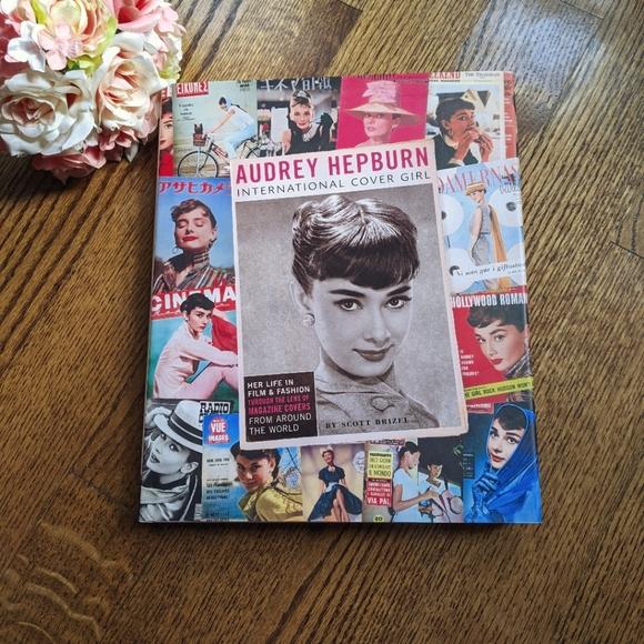 Audrey Hepburn International Cover Girl book